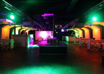 Club in zentraler Lage, tolle Lichtanlage