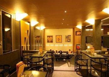 Nice café on 4 levels