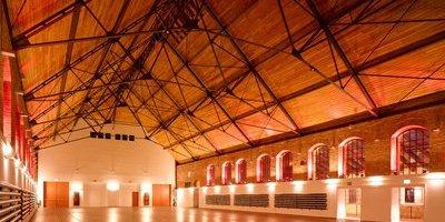 Außergewöhnliche Halle, bis zu 1.500 Gäste