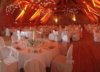 Manor House for celebrations in wonderful surroundings