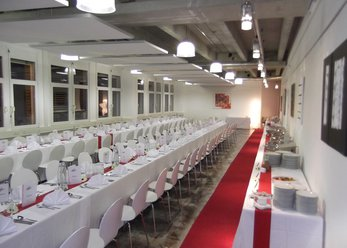 Event rooms with loft character