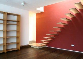 Kleines Design-Büro, rötlich