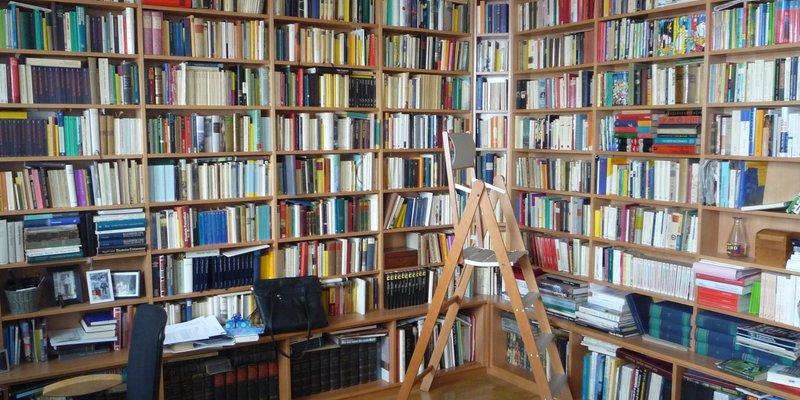 Wohnung f. Film/Foto m. Bibliothek