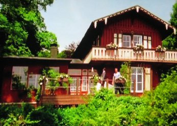 Rustic house directly on Lake Starnberg