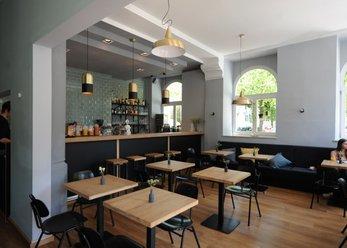 Bar / Cafe / Restaurant nahe Kolumbusplatz
