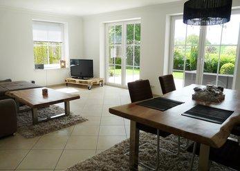 Modernes Haus mit einzigartigem Feldblick