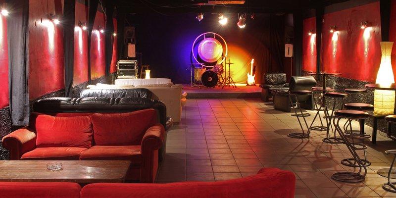 Bar, Lounge, Club, Konzertraum in Köln