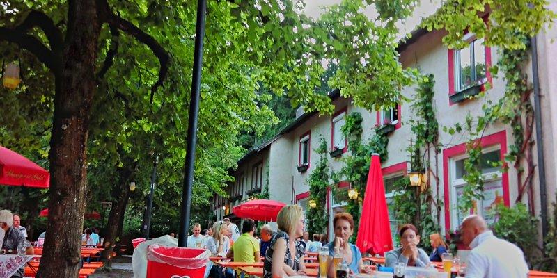 Hostel+Events+Biergarten im Münchner Westen