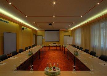 Konferenzraum in Hotel, zentral