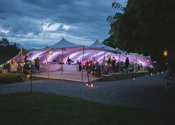 Stretchzelte für Events von 75 - 330 m²